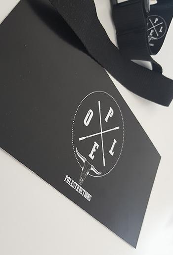 Acroyoga im Studio Polestructions. Auftritt bei der Jahresfeier 2017.