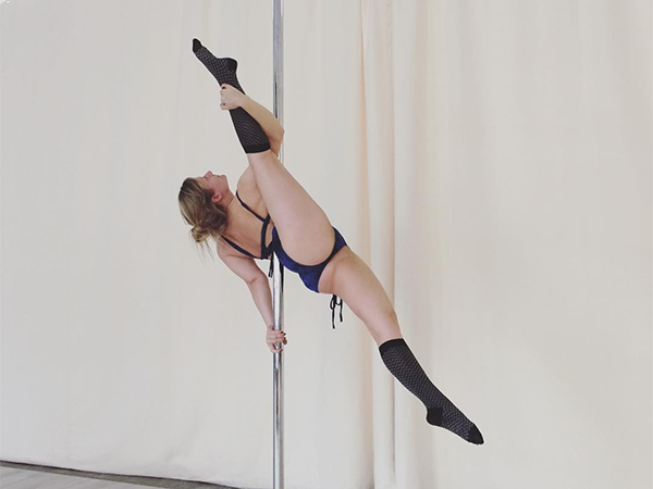 Pole Dance Pegasus Variation in Bonn-Beuel.